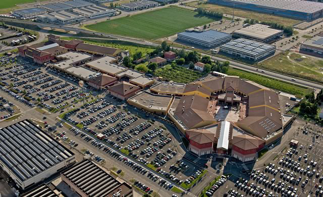 Systematica-Castel Guelfo Style Outlet-Castel Guelfo Style Outlet Aerial View